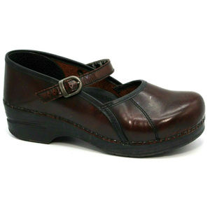 Dansko Womens Burgundy Mary Jane Clog Size 40